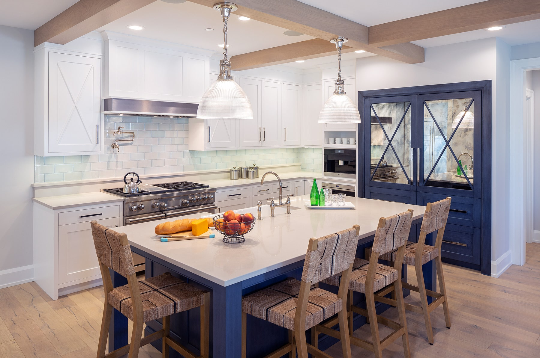 Interlake Walk Cottage White Blue Kitchen